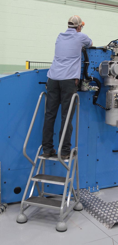 alum-office-ladder